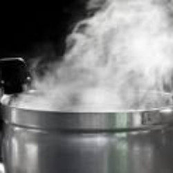 Infidelity: Husband bathes wife with pepper-laced hot water